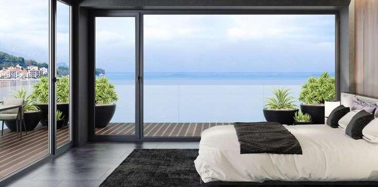 Santa Monica Mountains Luxury Homes